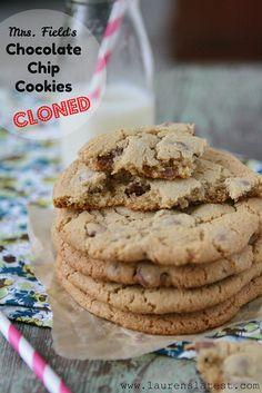 Mrs. Fields Chocolate Chip Cookie Recipe {clone!}
