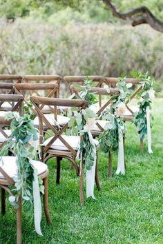 Elegant outdoor wedding decor ideas on a budget 55