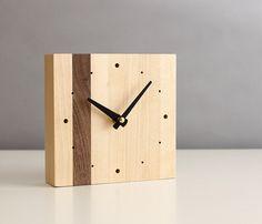 """5.5 """"minimaliste Bureau carré horloge noyer et le bouleau bois coniques mains noirs mats et points"""