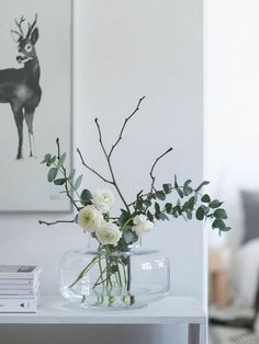 Vase glass simple flowers eucalyptus branches white modern minimalist deco size Check more at. Vase glass simple flowers eucalyptus branches white modern minimalist deco green interior design and living. Spring Flower Arrangements, Flower Vases, Spring Flowers, Floral Arrangements, Flower Vase Design, Bud Vases, Vases Decor, Plant Decor, Table Centerpieces For Home