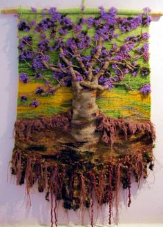 ru / Фото - TAPICES - griega I love the textures in this woven piece of art. Weaving Textiles, Weaving Art, Loom Weaving, Tapestry Weaving, Hand Weaving, Felt Pictures, Textile Fiber Art, Wool Art, Weaving Projects