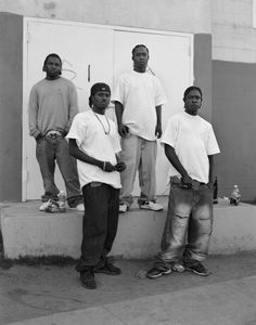 Dana Lixenberg: Imperial Courts. FRESH, REAL, FLAVE & 4DOE (REAL FRESH CREW), 2008