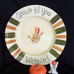 Turkey day make plates from kids hands