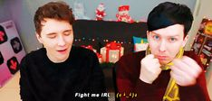 Phil's fight me is my new favorite thing || Which Hogwarts House are Dan and Phil?! - POTTERMORE