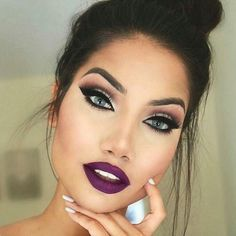 If only my eyes were this color.. magenta lips, piercing eyes, nighttime makeup.
