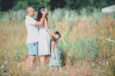 СЕМЕЙНАЯ ФОТОСЕССИЯ НА ПРИРОДЕ В ПОЛЕ ПИКНИК (НА ЛУЖАЙКЕ) (13)   Фотографы Y-Family
