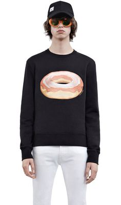 Acne Studios Casey dough black is a straight, slim fitting fleece sweatshirt designed for layering.
