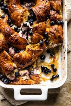 Berry and Cream Cheese Croissant French Toast Bake - My Recipes Croissant French Toast, Cheese Croissant, French Toast Bake, Breakfast And Brunch, Perfect Breakfast, Croissant Breakfast Casserole, Brunch Recipes, Breakfast Recipes, Half Baked Harvest