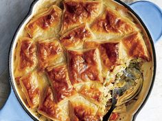 Treat the family to a classic chicken pot pie reinvented in a skillet. A pretty patchwork puff pastry top gives this skillet chicken pot pie a new Puff Pastry Recipes, Pie Recipes, Casserole Recipes, Chicken Recipes, Cooking Recipes, Chicken Pot Pie Recipe Puff Pastry, Cajun Recipes, Banana Recipes, Cooking Tips