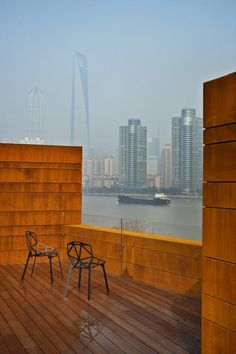 Located by the new Cool Docks development on the South Bund District of Shanghai, the Waterhouse is a four-story, boutique hotel built into. Shanghai Hotels, Unusual Hotels, Neri And Hu, Outdoor Chairs, Outdoor Decor, Rooftop Terrace, Fashion Room, Hotel Spa, Boutique