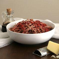 Strawberry Marinara Sauce on Fettuccine via foodgawker.com and theotium.com