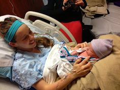 After 70 hours of excruciating labor, Jill Duggar and Derick Dillard welcomed their first baby boy, Israel David. On top of that, Jill had to undergo an emergency C-section! Welcome Baby Boys, New Baby Boys, Jill Duggar Baby, Familia Duggar, Duggar Family Blog, Derick Dillard, Emergency C Section, Dugger Family, Delivery Room