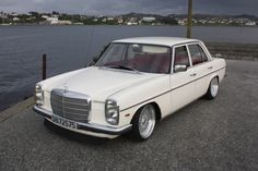 Classic Car News Pics And Videos From Around The World Mercedes Auto, Mercedes Benz Amg, Mercedes 230, Mercedes E Class, Classic Mercedes, Audi, Porsche, Hot Rods, Mercedez Benz