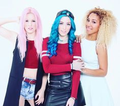Sweet California :) Sonia Gomez, Sweet California, Bff Pictures, Bff Pics, Leather Skirt, Leather Jacket, Celebrities, Instagram Posts, Jackets