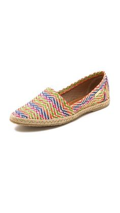 weave espadrilles.. the shape maybe too sharp and feminim but the concept of whole weave is to be explore