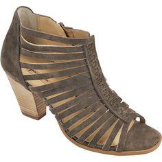 Paul Green 6480-015 Sommerliche Sandaletten von Paul Green aus Veloursleder in der Farbe Coriander. Die Sandaletten besitzen ein Reißverschluss sowie ein hochwertiges Lederfutter und eine Gummisohle. Die Absatzhöhe beträgt ca. 80 mm.