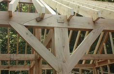 joineries for a garage timber frame joint Carpentry And Joinery, Wood Joinery, Timber Garage, Timber Buildings, Timber Structure, Wood Shed, Timber Frame Homes, House In The Woods, Wood Construction