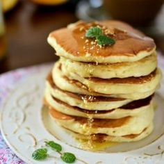Pancakes with wholemeal biscuits