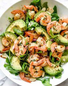 Shrimp Avocado Salad, Avocado Salad Recipes, Avocado Food, Salad With Shrimp, Shrimp Salads, Avocado Cake, Shrimp Salad Recipes, Shrimp Dishes, Quinoa Salad