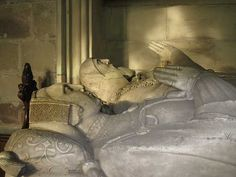 Agnes Bohun  1309–1343    BIRTH 1309 DEC 06 • Caldecote, Northamptonshire, England  DEATH 1343 DEC 16 • Chartley Castle, Staffordshire, England  20th great-grandmother. Burial: Unknown. Husband: Robert Ferrers '2nd Baron'