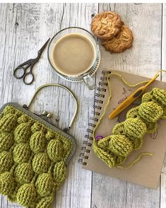 Marvelous Crochet A Shell Stitch Purse Bag Ideas. Wonderful Crochet A Shell Stitch Purse Bag Ideas. Crochet Clutch Bags, Crochet Wallet, Crochet Baby Bibs, Crochet Purse Patterns, Crochet Motifs, Crochet Handbags, Crochet Purses, Crochet Clothes, Knit Crochet