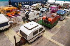 Overdekt kamperen bij een indoor camping