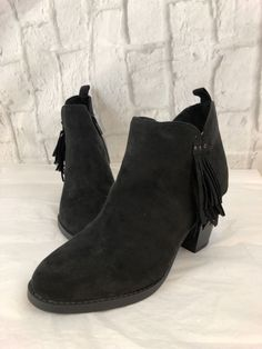 648871249d 29 Best Women s Shoes And Boots images in 2019