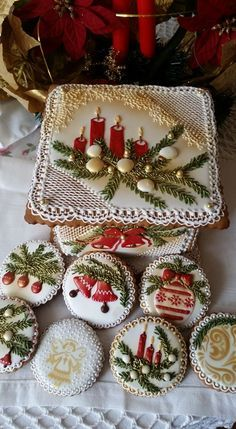 The Best Decorated Christmas Cookies - Celebrate and Inspire Christmas Sugar Cookies, Christmas Gingerbread, Noel Christmas, Christmas Goodies, Holiday Cookies, Christmas Treats, Gingerbread Cookies, Christmas Parties, Fancy Cookies
