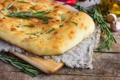 NeWaveNow Cooking Club : Focaccia Bread with Rosemary Easy Delicious Recipes, Yummy Food, Healthy Recipes, Gnocchi, Pesto, Peruvian Dishes, Steamed Sweet Potato, Plat Vegan, Flatbread Recipes