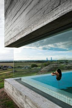 Image from Fasano Las Piedras Hotel by Isay Weinfeld in Punta del Este, Uruguay. Indoor Pools, Lap Pools, Backyard Pools, Pool Landscaping, Outdoor Pool, Rooftop Pool, Landscaping Design, Architecture Design, Amazing Architecture
