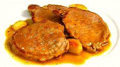 Filetes de lomo al ajillo, una receta sencilla con una salsa espectacular, que puedes preparar en pocos minutos. El lomo de cerdo tiene menos grasa Pork Recipes, Mexican Food Recipes, Ethnic Recipes, Kitchen Recipes, Cooking Recipes, Bolivian Food, Food Decoration, Meat Lovers, Recipe Images