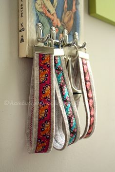@Tracy Carter - you could make these to match the leashes! (and maybe use one yourself!!!haha)