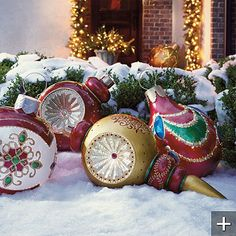 Giant outdoor lighted ornaments pinterest large outdoor o yea aloadofball Gallery