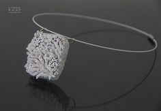 Necklace 1 Total White Collection in carta riciclata