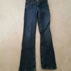 L.e.i Jeans Gently used / in good condition lei Jeans