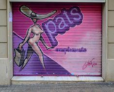 #doors #graffity #streetart #art Barcelona, Workshop, Street Art, Neon Signs, Photos, Atelier, Work Shop Garage, Barcelona Spain