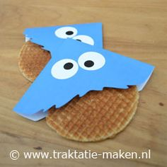 Kids treat, cool for my little brothers birthday Birthday Treats, Party Treats, Cookie Monster Party, School Treats, Food Humor, Childrens Party, Cute Food, Creative Food, Diy For Kids