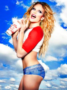 Willam Belli-  He's awesome! (She)