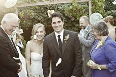 Click through for more and lots of DIY from this charming backyard California wedding!  http://su.pr/3EXPPy