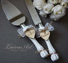 Wedding cakes have become a vital decor at wedding event locations where guests still thrill themselves over how remarkable the wedding event cake is. Wedding Cake Knife And Server Set, Wedding Cake Knife Set, Wedding Cake Cutting, Elegant Wedding Cakes, Rustic Wedding, Cake Cutters, Wedding Champagne Flutes, Graduation Gifts, Christmas Wedding