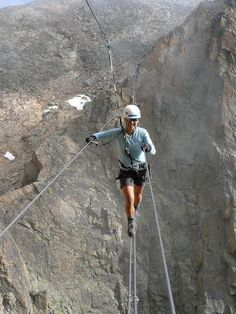 "passage of the ""via ferrata"" Bocchette Centrali Dolomiti del Brenta - Cerca con Google"