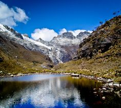 The stunning Laguna Churup, with its deep blue water, is a 1-day hike from Huaraz, the Peruvian city that is mostly known for being the base for short or long treks in the Cordillera Blanca and the Cordillera Hauyhuash.