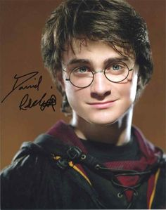 Daniel Radcliffe 'Harry Potter' Signed 8x10 Photo Certified Authentic JSA