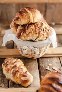Sourdough Croissants - site has translate button