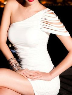 White One Shoulder Pleated Bodycon Dress... wish it came in black!