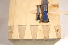 Setting up cuts with the dovetail jig
