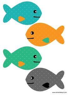 Peixinhos Free Printable Clip Art, Printable Masks, Printable Designs, Fishbowl Centerpiece, Holiday Bulletin Boards, Bowl Image, Fish Activities, Mermaid Clipart, Photobooth Props Printable