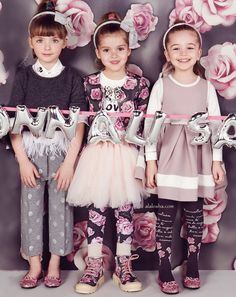 ALALOSHA: VOGUE ENFANTS: Must Have of the Day: Watch out for statement Roses outfits that Monnalisa do so well!