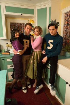 Camila Mendes, KJ Apa, Lili Reinhart and Cole Sprouse as Veronica Lodge, Archie Andrews, Betty Cooper and Jughead Jones Memes Riverdale, Kj Apa Riverdale, Riverdale Netflix, Riverdale Archie, Riverdale Funny, Riverdale Tv Show, Riverdale Veronica, Riverdale Aesthetic, The Cw