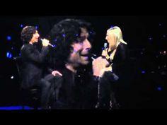 Barbra Streisand & Jason Gould - How Deep Is The Ocean - Live in Philadelphia 2012 this is it